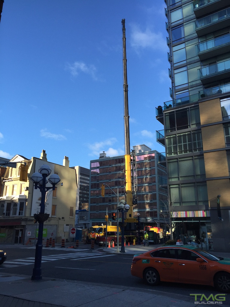 1 Yorkville construction 7 - October 2016