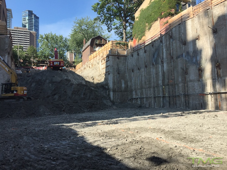 50 at Wellesley Station construction 0 - August 2016