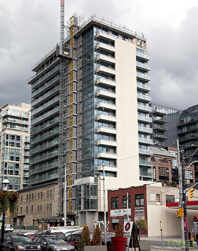King+ Condos construction 6 - September 2015