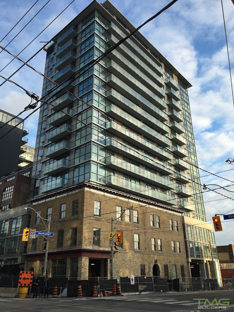 King+ Condos construction 7 - November 2015